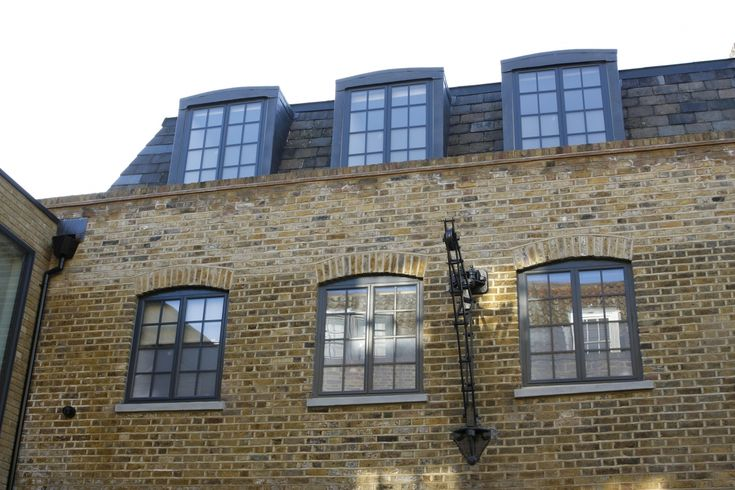 Hedgehog Aluminium Systems can provide a steel replacement window to create a traditional window design.