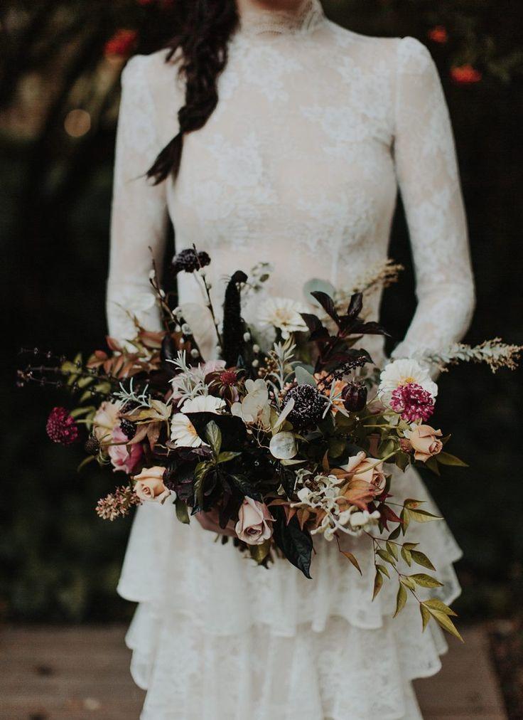 Букет невесты для готической свадьбы, стоит сделать букет