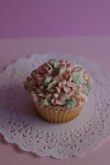 La Rose Cherie(ラ・ローズ・シェリー)-カップケーキ