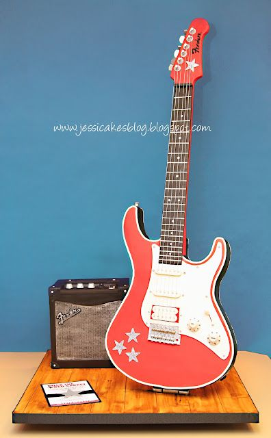 Amazingly real electric guitar cake from JessiCakes.