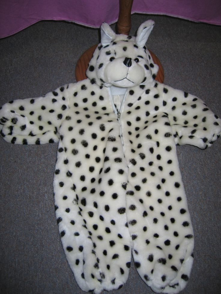 Children's sized Dalmation size 2-3 for hire