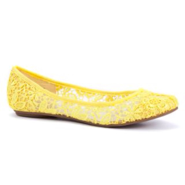 Yellow Lace Shoes