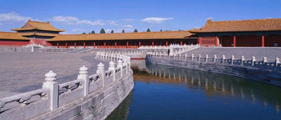 China Family package Holiday with kids, Walk Great Wall in Beijing, visit Terracotta Warriors in Xian, Li River cruise in Guilin, Disneyland in Hong Kong, a family fun with Selective Tours