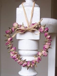 rosebud hanging heart