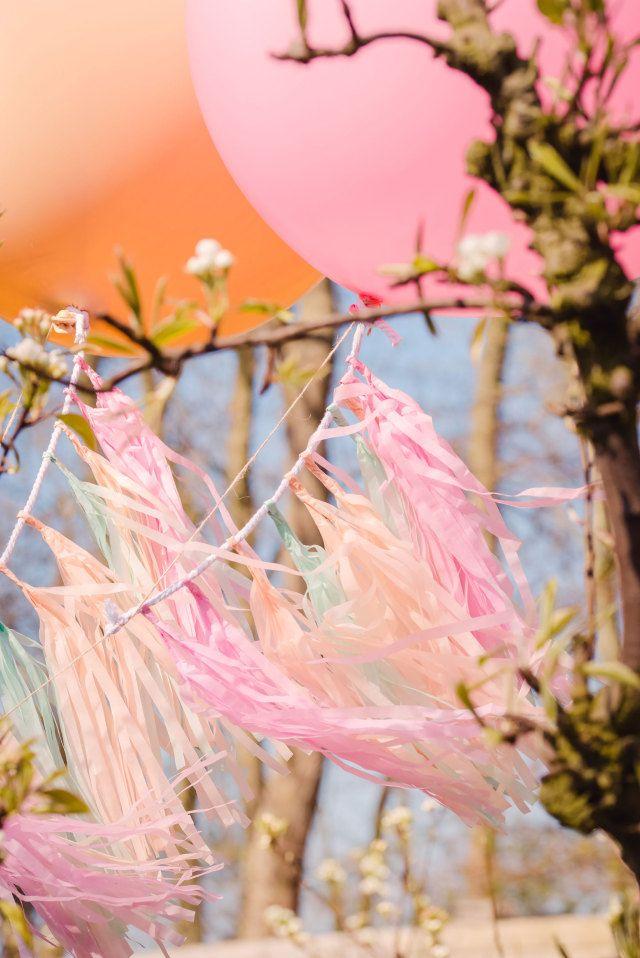 #lint #decoratie #inspiratie #idee #zomer #bruiloft #zon #warm #trouwen #huwelijk #trouwdag #huwelijksdag #wedding #summer #sun #inspiration #idea | Photography: Sanne Popijus Fotografie | ThePerfectWedding.nl