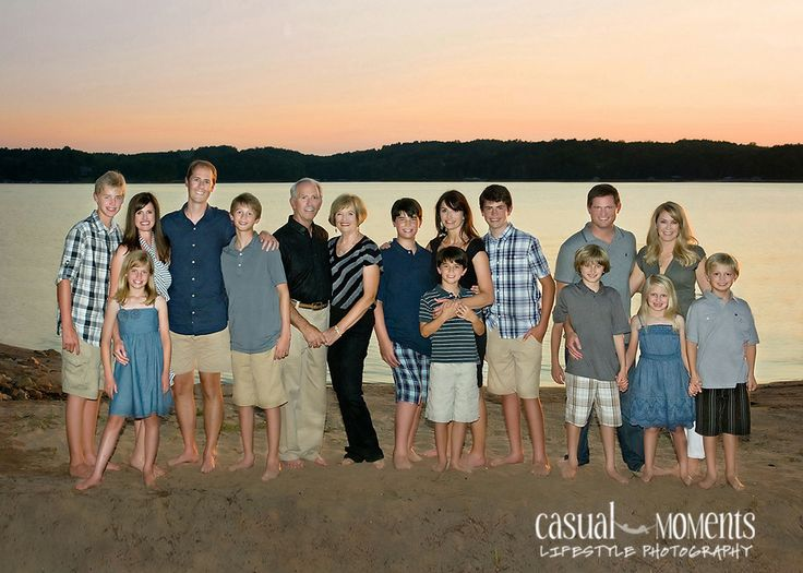 Lake Keowee Family Reunion Photography Clothing IdeasFamily
