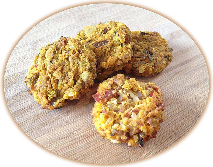 quinoa-karbanátky Před více než 5000 let Inkové kultivovaný osiva quinoa zrno podobné jako jeden ze svých základních plodin.