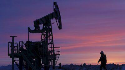 Por su parte, los contratos futuros del crudo WTI subieron un 2%, alcanzando los 52,94 dólares por barril. Ambos referentes alcanzan su máximo desde...