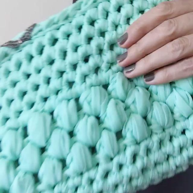 Primer vídeo-tutorial. Cómo tejer una pulsera de trapillo con los dedos.   SANTA PAZIENZIA