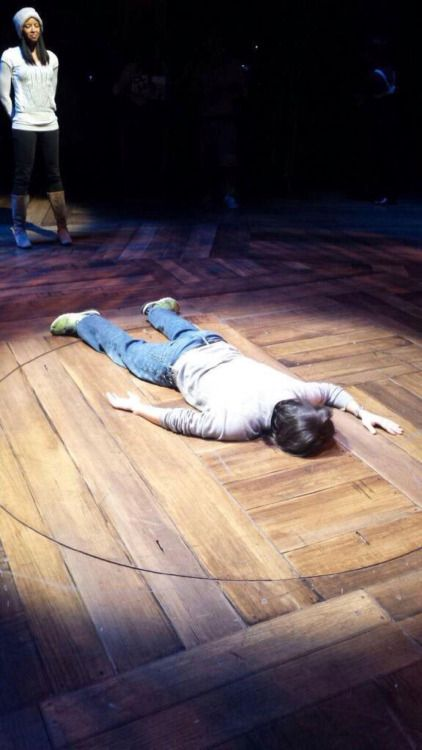 not-angiee:  Ok wow. I don't know where this picture came from. It kinda just popped up on my Twitter but, uh, Lin is on the ground, which is slightly worrying, but damn that hair is so soft looking I wanna touch it.   tl; dr : Lin is on the ground.   I'm literally taking a nap during tech.