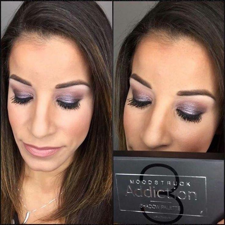 Younique Pallet 3 eyeshadow so beautiful.Buy here megantighe.com