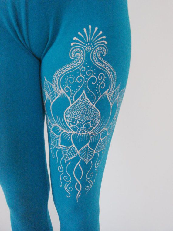 Beautiful lotus design leggings suitable for yoga, workout or everyday use. I decorated these leggings with a henna design using a cream color