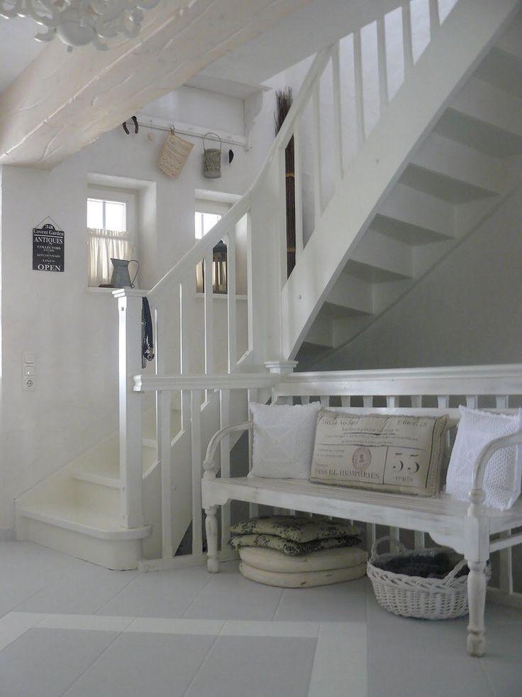 best 25 white cottage ideas on pinterest cottages. Black Bedroom Furniture Sets. Home Design Ideas