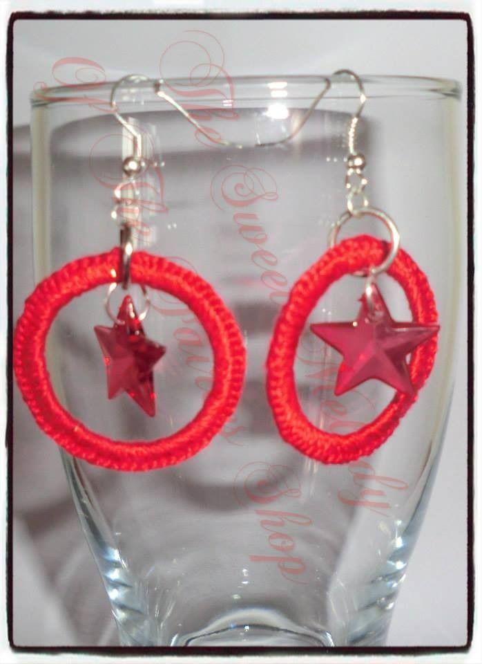 orecchini a cerchio rivestito in filo di cotone con uncinetto colore rosso : Orecchini di the-sweet-melody-of-the-fairies-shop