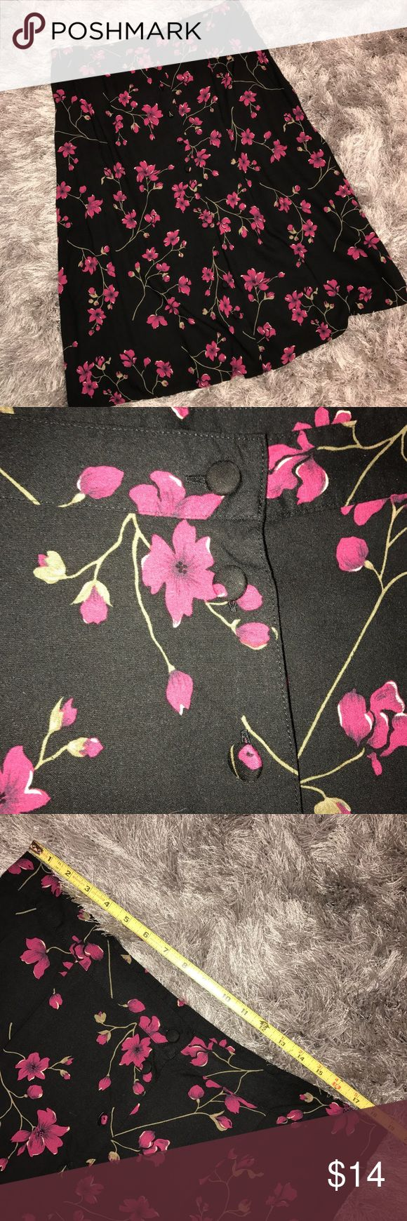 Sag Harbor calf length, button front skirt SZ 2X Gorgeous pink flowers on a black background. Cloth covered buttons down the front. Two elastic panels in waistband. Sag Harbor Skirts Midi