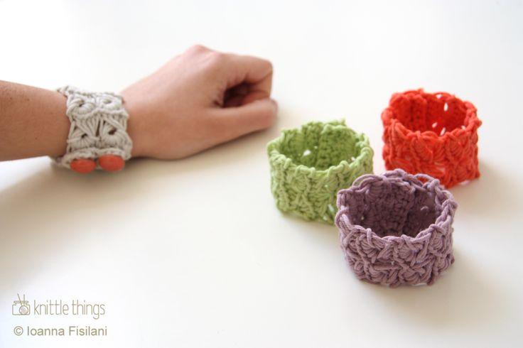 knittle things broomstick lace bracelets | crochet