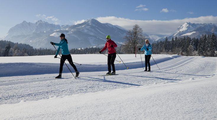 Bald ist es so.  Wir  beim #Langlaufen im #Kaiserwinkl: Herrlich! #peternhof #hotelintirol #wintersport #winterspaß #soft #berge #alpen #tirol #skiresort #schnee