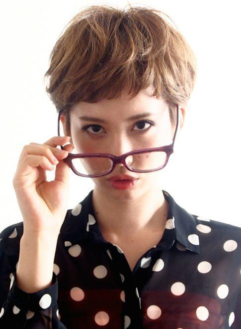【ショートヘア】☆眼鏡の似合う大人可愛いベリーショート☆/BEAUTRIUM 表参道の髪型・ヘアスタイル・ヘアカタログ|2016春夏