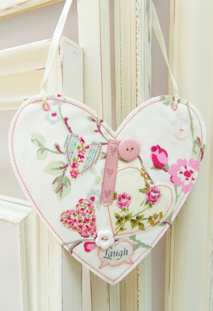 mn hanging heart fabric sign plaque shabby chic gifts laugh random button.JPG 703×1.023 pixels