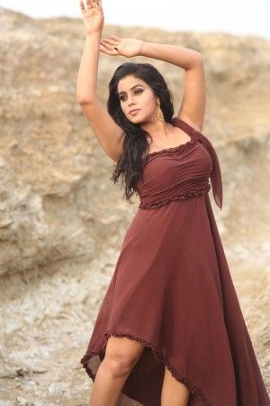 Don't miss! New images of Poorna Latest Stills ★   ★ Latest Photos ♥ Hot Stills ♥ Spicy Pics  ♥ DESI ACTRESS PICTURES-13's hot new romance