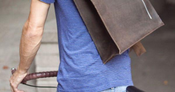 Accessori uomo - zaino in pelle da uomo - cool hunting man accessories | borselli | Pinterest | Bike Messenger, Brown Leather and Leather