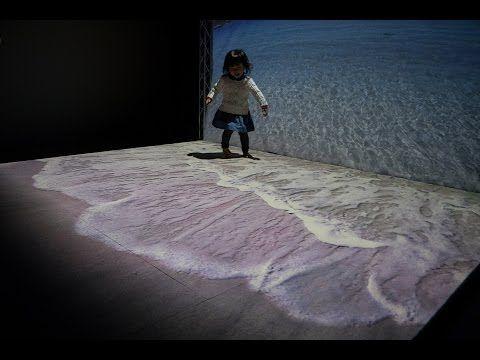 部屋から波が打ち寄せてくる……! リアルすぎる仮想現実の海に「なんだこれ」「ドラえもんの道具みたい」の声集まる - ねとらぼ