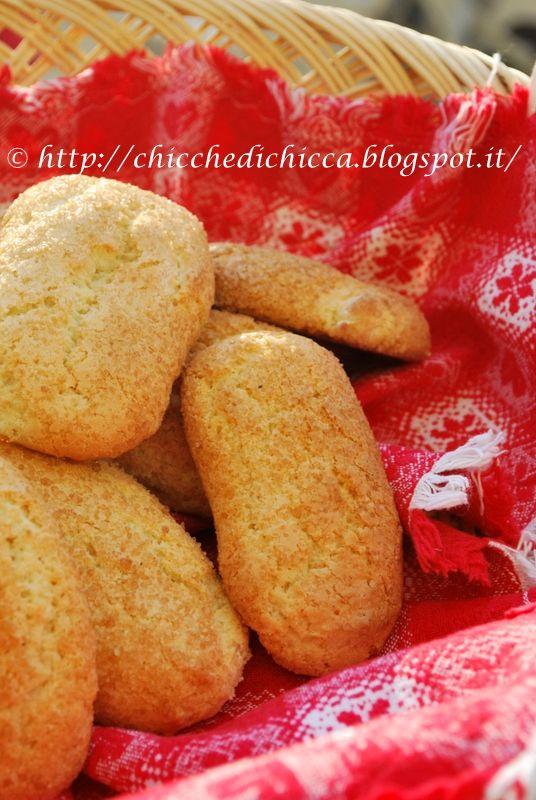 Caro Banderas e cara Rosita a noi ci fate un baffo!  Da tempo ero alla ricerca di una ricetta giusta per questi biscottoni che tanto mi ...