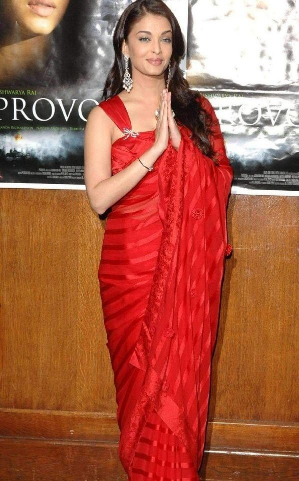 bollywood sarees online: Aishwarya Rai in Red Saree at ...
