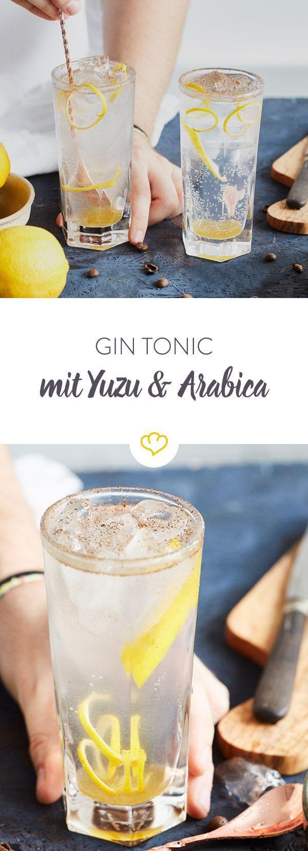 Hol dir einen Touch Asien in deinen Drink und mische deinen nächsten Gin Tonic mit frischem Yuzu Saft und geriebenen Arabica-Kaffeebohnen.