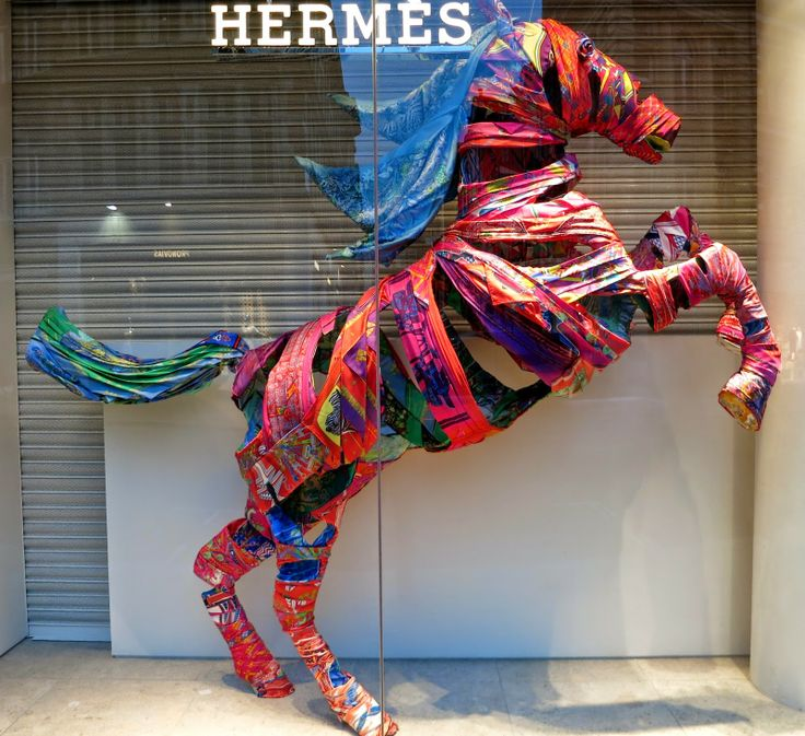 www.retailstorewindows.com: Hermes, London
