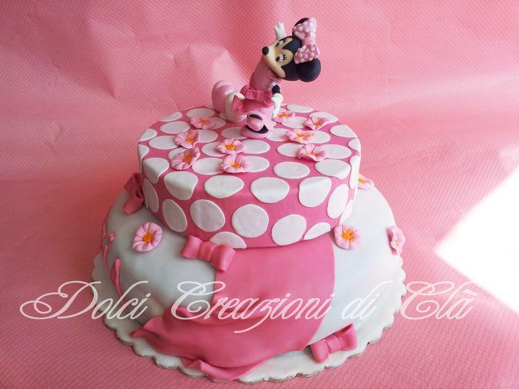 Vista laterale torta Minnie