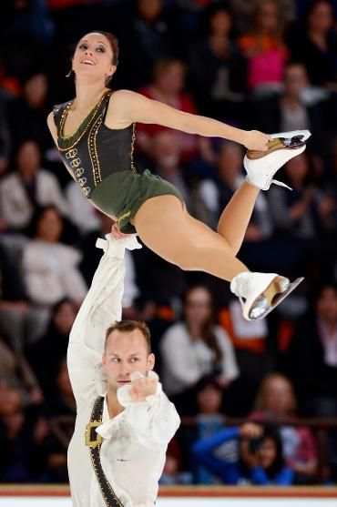 Maylin and Daniel Wenda, Pairs free at Nebelhorn Trophy, Pairs costume inspiration for Sk8 Gr8 Designs