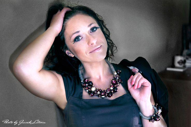 HISZPAŃSKIE WROTA - Modelka: Marzena Łastowska Make up: Katarzyna Rostkowska Fot. Jacek Litwin