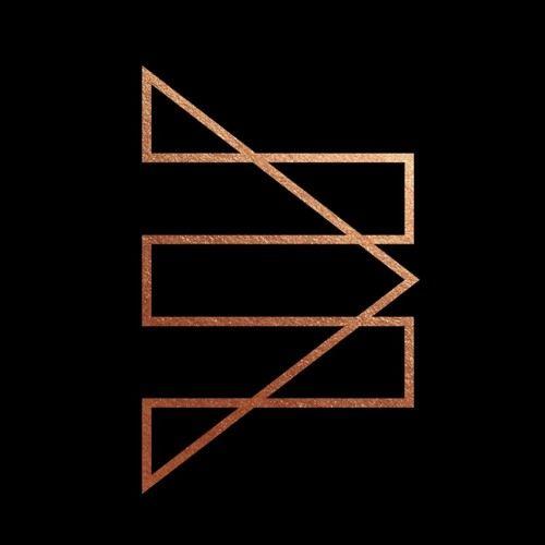 CultDust es música electrónica y entrevistas literarias con djs y productores cuyo sonido viene de lejos y lo mejor está por llegar.  más en www.cultdust.net
