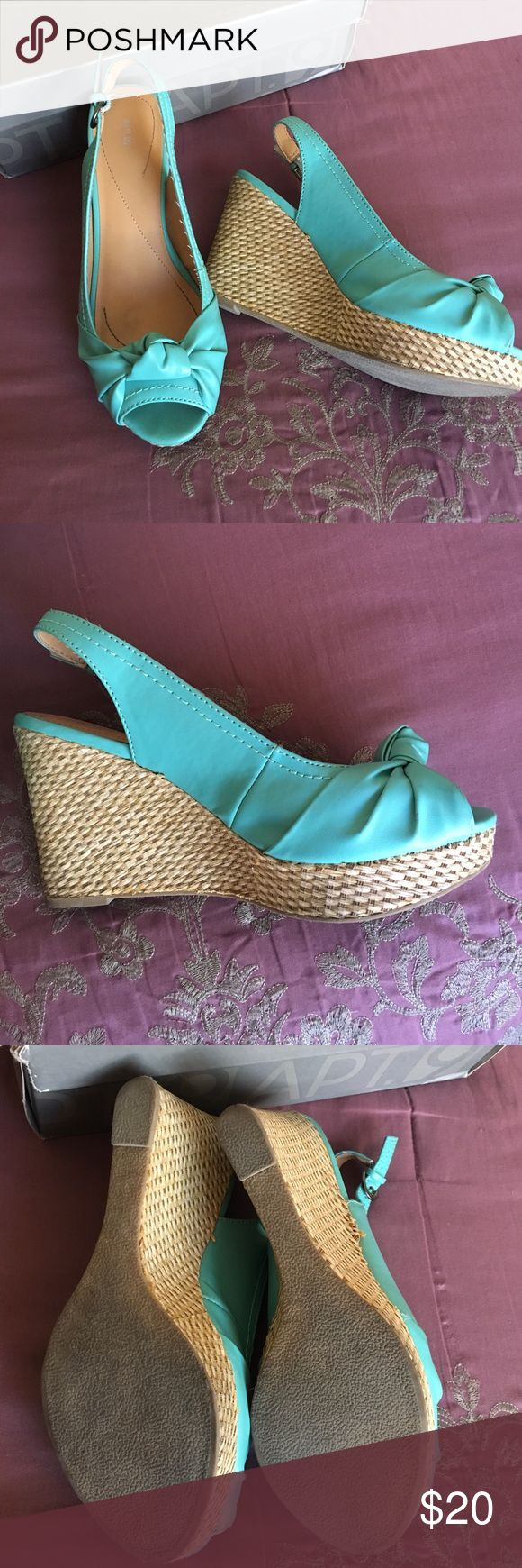 💙Beautiful Turquoise Wedges Turquoise faux leather and neutral toned natural material wedge. Gently used a couple of times. In good condition, in their box.  Great addition to your wardrobe for this Spring/Summer 💙 Apt. 9 Shoes Wedges