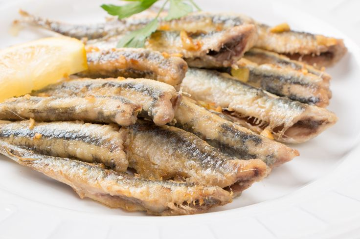 Fried Anchovies with Garlic Recipe | Spanish Food World