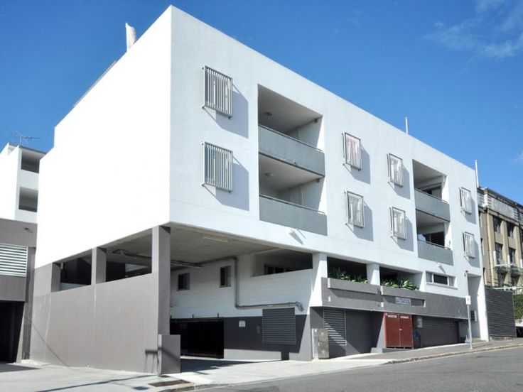 500 27  berwick st The On-Site Manager  RLA: 3539447 2b2b1c http://www.domain.com.au/Property/For-Rent/Apartment-Unit-Flat/QLD/Fortitude-Valley/?adid=8719381