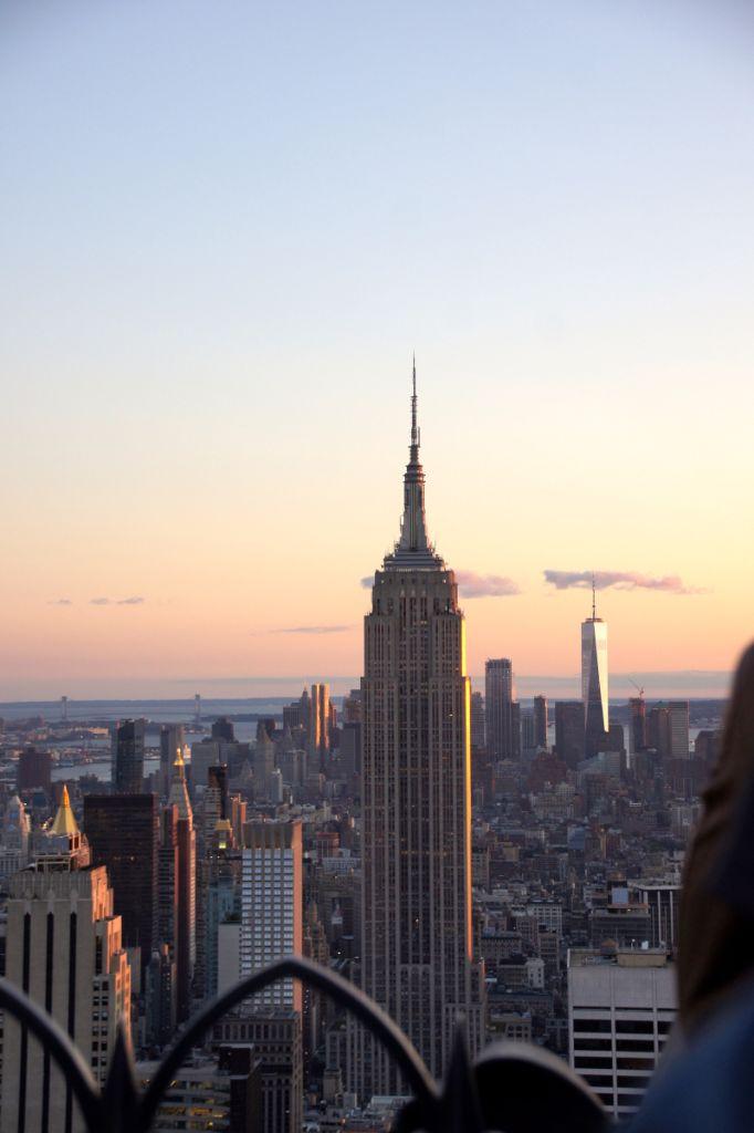 New York City von oben, davon kann man nie genug sehen. Top of the Rock, One World Observatory, MET Roof Garden und Knickerbocker Rooftop Bar