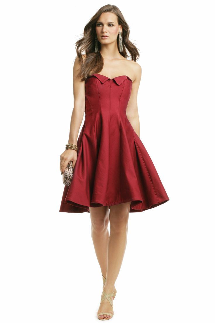 Change things up and go with this chic Z Spoke by Zac Posen full skirt style