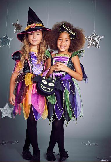 Talk Fusion Video Newsletter: Helloween-ünnepe  // figyelmedbe ajánlom az alsó zöld linket :) //Что такое Хэллоуин? В домашних условиях, многие kardoskodnak против Хэллоуина, День всех святых из-за насмешки проводится. Ну, с одной стороны, я могу понять тех, кто считает, что, с другой стороны, думаю, что это большая партия, а не только в карнавальных костюмах öltözhetünk. Путь Хэллоуин является древней кельтской ünnepből развивалась, потому что они 31 октября я ночь языческих ведьм…
