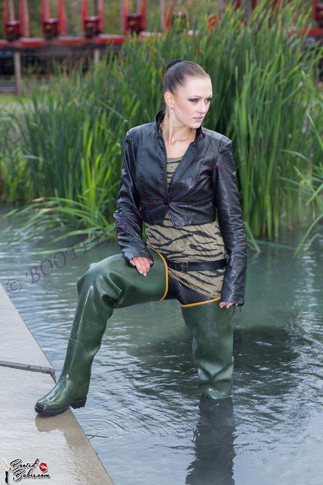 Green rubber waders waders pinterest girls wear for Women s fishing waders