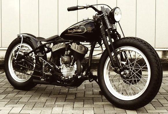 AWS! I love old café racer bikes!!!
