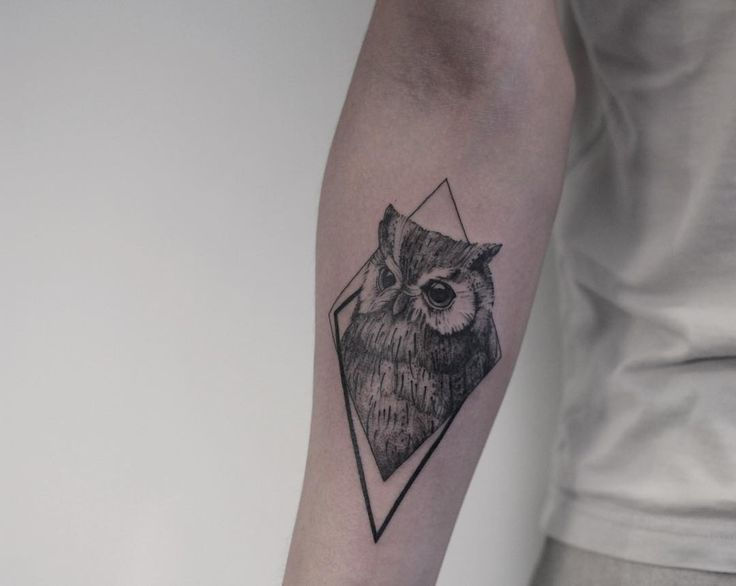 black and grey owl tattoo design by @mirmandainks