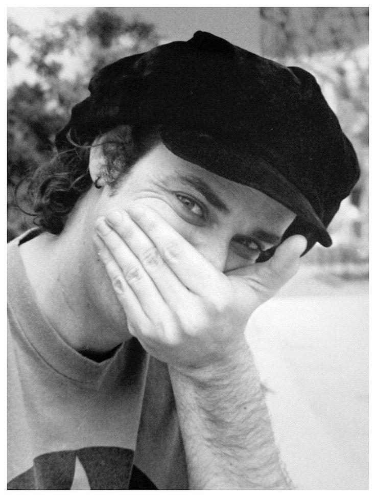 https://flic.kr/p/KgwT2C | GUSTAVO CERATI: Soda Stereo, Buenos Aires 1991…