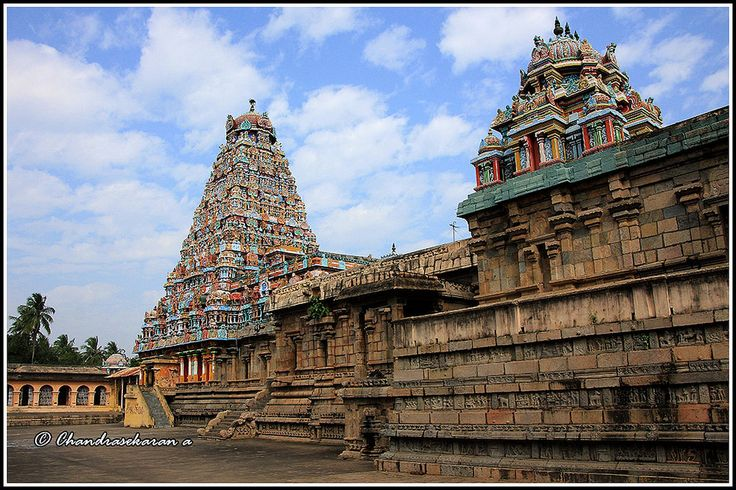 https://flic.kr/p/rteqS4 | 5055 - Thirubhuvanam Temple Series 04 | Thirubhuvanam (திருபுவனம்) Temple is near Kumbakonam,Tamilnadu and it was built by King Kulothunga. This is another architectural temple of Great Cholas. The temple at Thanjavur, Gangai Konda Cholapuram and Darasuram are other  contributions of cholas.  The main deity of the temple is Shiva lingam in the form of Kampaheswarar. There is a separate shrine for Sarabeswarar ( சரபேஸ்வரர் ) a fusion of man, eagle and lion - the…
