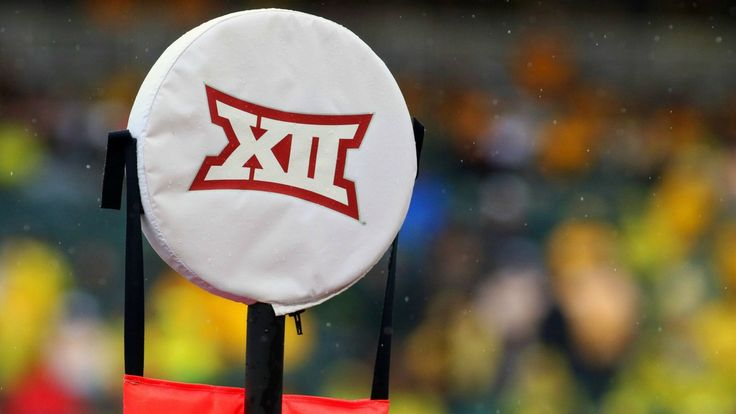 Bob Bowlsby would prefer to keep the Big 12 as is, but the commissioner might not get his way. Pat Forde compares the potential options if the conference adds schools.