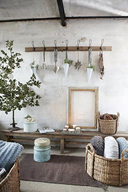 like the hooksChristmas Inspiration, Design Dintérieur, Decor Ideas, Furnishing, En Naturel, Interiors Spaces, Interiors Design, Sweets Peas, Hme Decor