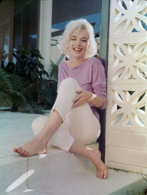 marilyn monroe by *George Barris*  1962 (marilyn monroe,george barris,vintage,fashion,photography,beautiful,model,woman,hot)