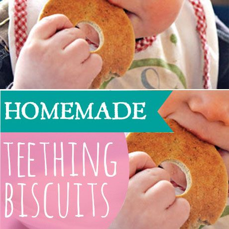 {Sage N Frugal Yummy Healthy Recipe} Homemade Banana Oat Teething Biscuits. Yummy, Tasty & Nutritious!! These homemade banana oat teething biscuits are quick and easy to make. It's prefect for your little one can happily chew on for some time! Jump to see recipe to start making your own! #babyteethingbiscuits #homemadeteethingbiscuits #TickledMummyClub
