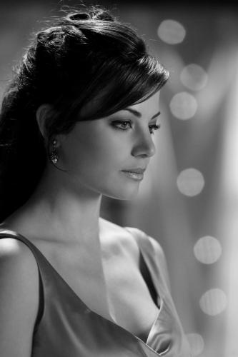 Erica Durance as Smallville Lois Lane